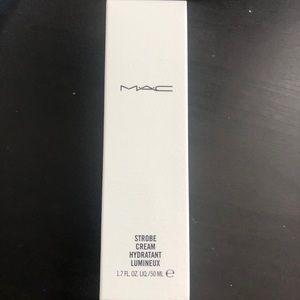 MAC Strobe Cream - Goldlite